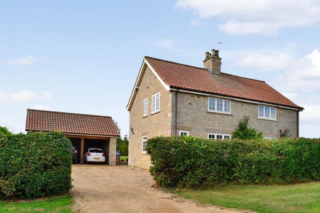 4 bedroom property in Stroxton
